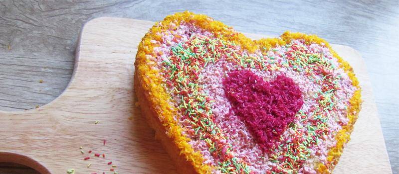 طرز تهیه کیک اسفنجی قلب