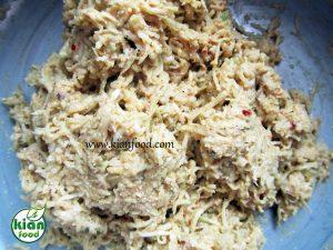 طرز تهیه کوکوی کدو سبز با آرد کینوا