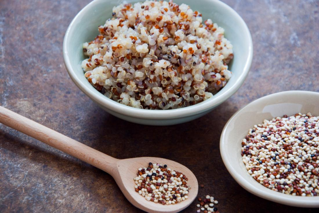 https://draxe.com/10-quinoa-nutrition-facts-benefits/