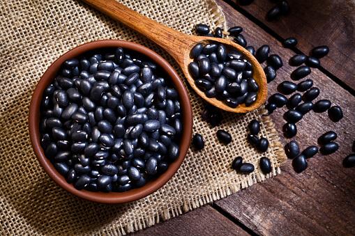 لوبیا سیاه چیست؟
