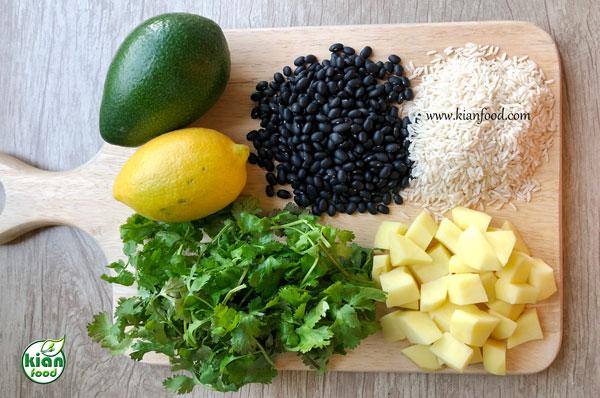 طرز تهیه گشنیز پلو با لوبیا سیاه و آووکادو