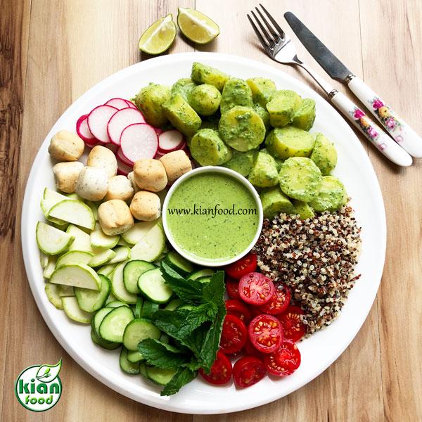 سالاد کینوا و سیب زمینی استانبولی با سس سبز